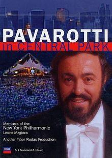 Luciano Pavarotti - Pavarotti in Central Park (NTSC)
