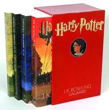 Harry Potter : Coffret en 4 volumes : Tome 1, Harry Potter à l'école des sorciers ; Tome 2, Harry Potter et la Chambre des Secrets ; Tome 3, Harry ... et la Coupe de Feu (Hors-Série Littérature)